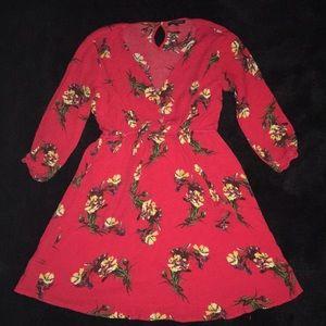 Dresses & Skirts - Cute floral dress